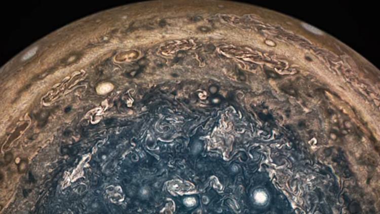 Nuevos datos sobre Júpiter dejan perplejos a los científicos (VIDEO)