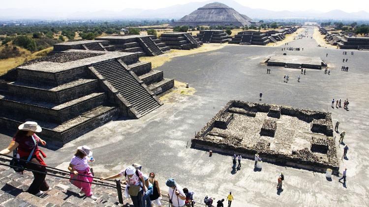 VIDEO: Descubren un nuevo túnel secreto en Teotihuacán bajo la Pirámide de la Luna