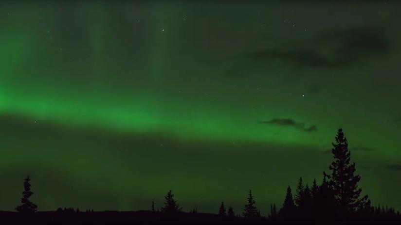 La NASA resuelve con ayuda de astrónomos aficionados el misterio deunas luces púrpuras en el cielo