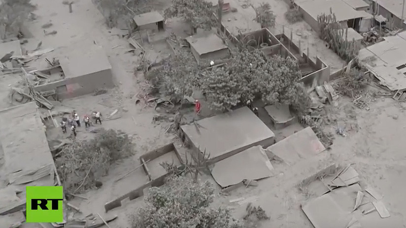 VIDEO: Vista aérea del desolador panorama tras la erupción del Volcán de Fuego en Guatemala