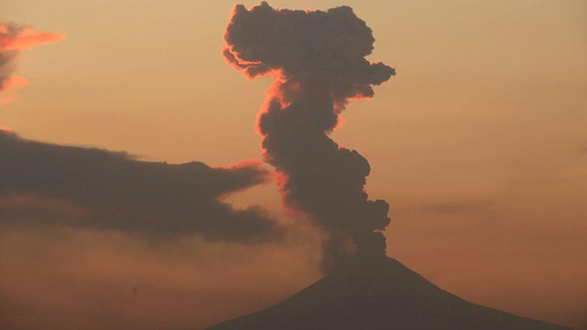 México: Se registra una explosión en el volcán Popocatépetl (FOTOS)