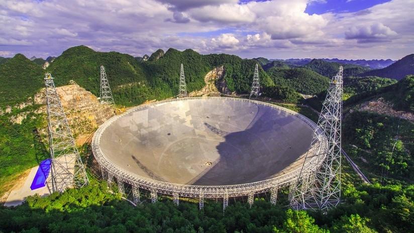 Un avanzado telescopio chino registra en pocos días más de 100 radioseñales misteriosas provenientes del espacio