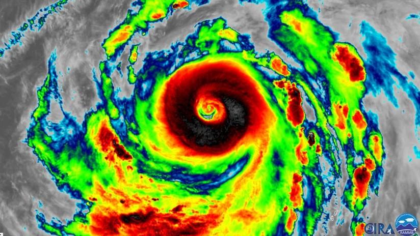 """""""De momento, la tormenta más potente en la Tierra"""": """"Violento"""" supertifón Hagibis se dirige hacia Japón (FOTO, VIDEOS)"""
